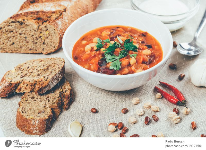 Chili Beans Stew, Bread, Red Chili Pepper And Garlic Food Vegetable Soup Herbs and spices Nutrition Eating Lunch Dinner Vegetarian diet Diet Plate Bowl Spoon