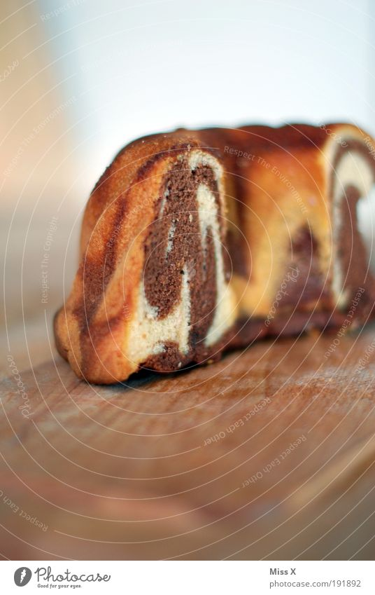 Nutrition Food Sweet Cake Delicious Dry Baked goods Partially visible Section of image Dough Self-made Sense of taste Marble cake