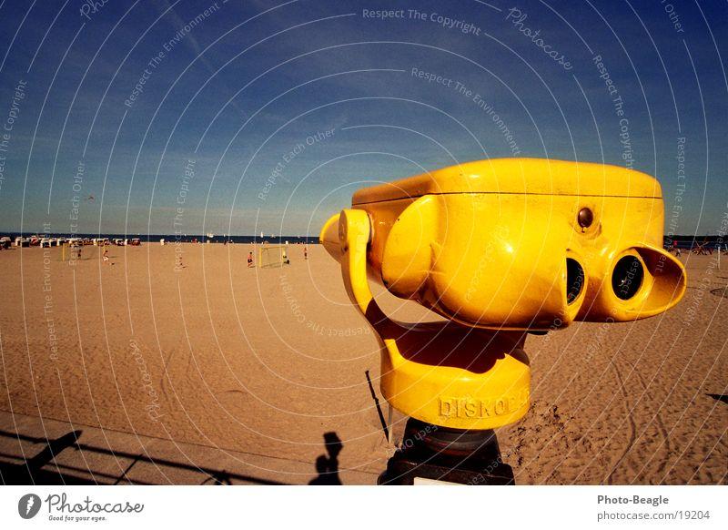 Beach Europe Vantage point Baltic Sea Binoculars Telescope Schleswig-Holstein TRavemünde End of the season