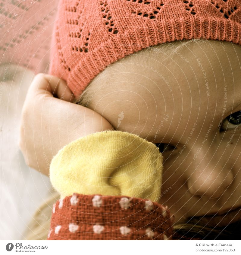 Human being Child Youth (Young adults) Girl Eyes Infancy Natural Authentic Willpower 8 - 13 years Original Reliability Rebellious Reluctance Grouchy