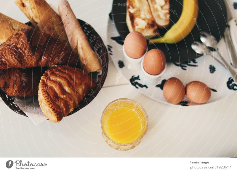 Healthy Eating Food Nutrition Beverage Drinking Breakfast Egg Bread Baked goods Vitamin Cold drink Spoon Juice Banana