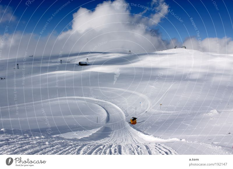 Winter Clouds Cold Snow Mountain Landscape Elegant Infinity Deserted Anticipation