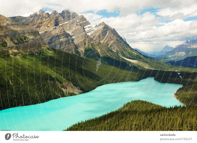 Nature Water Green Blue Clouds Mountain Landscape Environment Dream Lake Leisure and hobbies Rock Canada Longing Lakeside Wanderlust