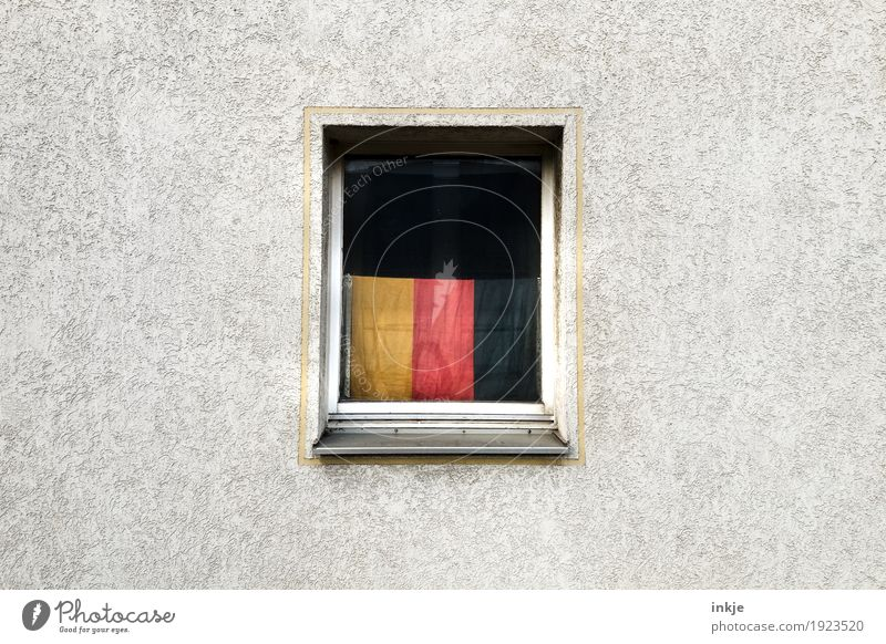 all that is Germany Lifestyle Living or residing Flat (apartment) Wall (barrier) Wall (building) Facade Window Decoration German Flag Gloomy Pride Society