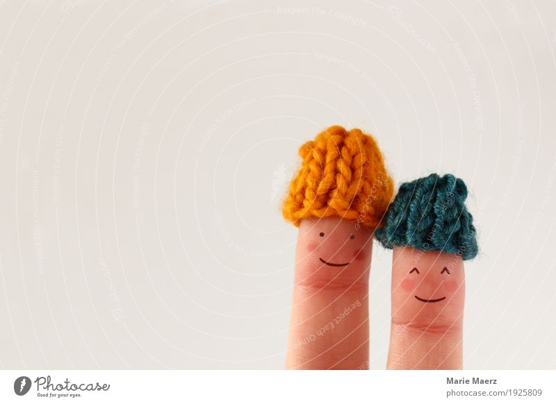 Pair of finger figures with small wool caps Style Happy Contentment Winter Human being Friendship Couple Head Fingers 2 Bad weather Ice Frost Cap Love Soft