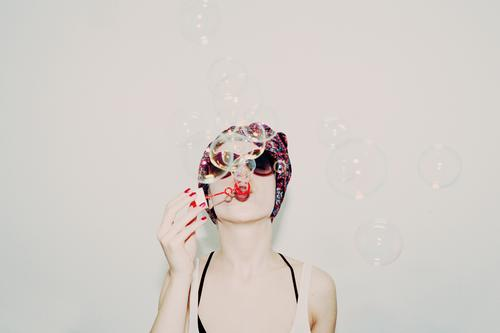 bubbles in your head Lifestyle Style Skin Lipstick Nail polish Party Human being Face Youth culture Fashion Cloth Feasts & Celebrations To enjoy Playing