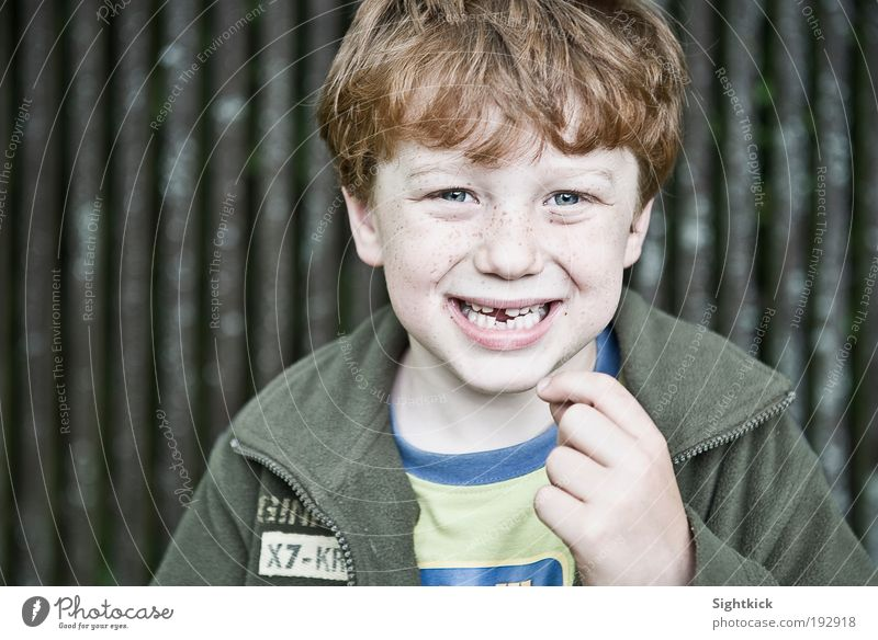 When the tooth fairy greets... Child Boy (child) Infancy Teeth 1 Human being 3 - 8 years T-shirt Jacket Cloth Red-haired Laughter Brash Happiness Astute Funny