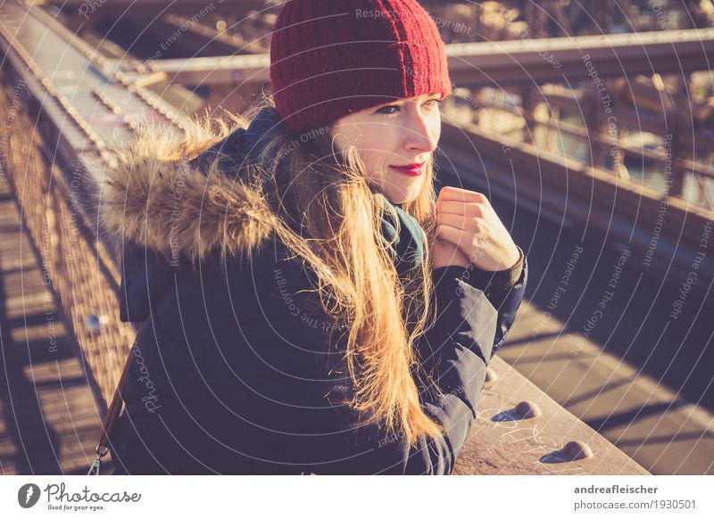 Human being Youth (Young adults) Young woman Far-off places Winter 18 - 30 years Adults Cold Feminine Freedom Tourism Illuminate Trip Blonde To enjoy Wait