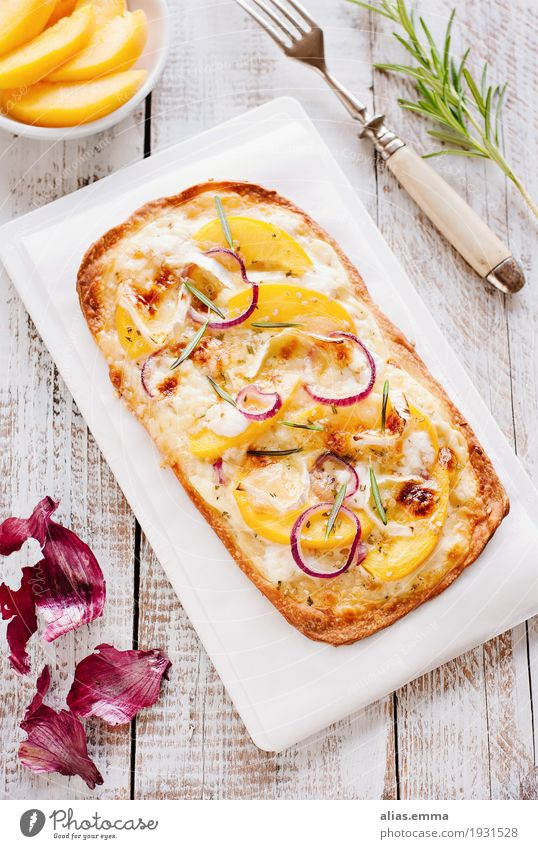 Flammkuchen with peaches and goat cheese tarte flambée Dish Food photograph Healthy Eating Peach Fruit Hearty Goat`s cheese camembert Onion Cooking recipe