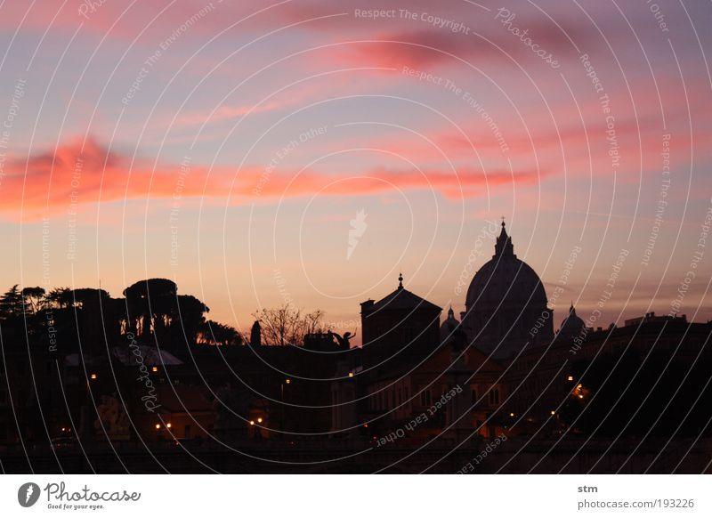 vedo la santità the cupolone.... Vacation & Travel Tourism Sightseeing City trip Culture Sky Horizon Sunrise Sunset Beautiful weather Rome Town Downtown Church