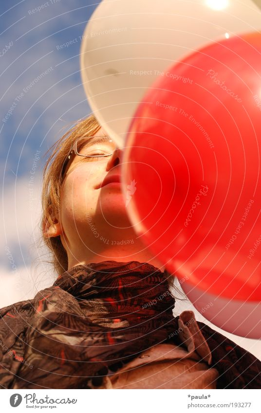 balloon space Relaxation Girl Head Face 1 Human being Sky Summer Beautiful weather Eyeglasses Scarf Brunette Balloon Breathe Touch To enjoy Dream Fresh Happy