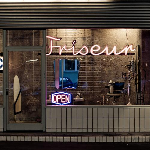 I've got the hair nice Door Hairdresser Barber shop Hair and hairstyles Haircut Hair Stylist Neon sign Retro Retro Colours Facade Store premises Services