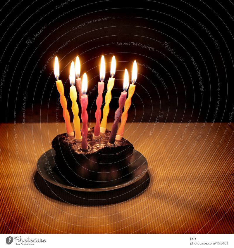 Joy Dark Happy Feasts & Celebrations Food Decoration Birthday Happiness Joie de vivre (Vitality) Gift Fire Candle Surprise Cake Plate Flame