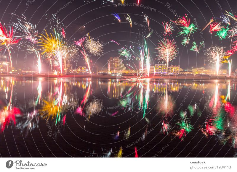Fireworks over Duhnen Sparkling wine Prosecco Champagne Beach Ocean Feasts & Celebrations New Year's Eve Water Winter Coast Cuxhaven Skyline Happiness Happy