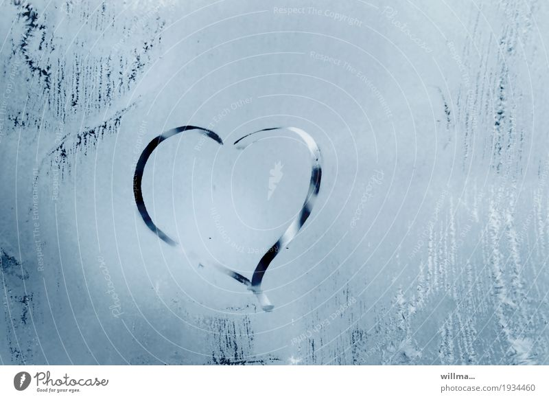 The cold heart Valentine's Day Mother's Day Wedding Betrothal Winter Ice Frost Heart Cold Infatuation Love Window pane Frozen Heart-shaped Frostwork