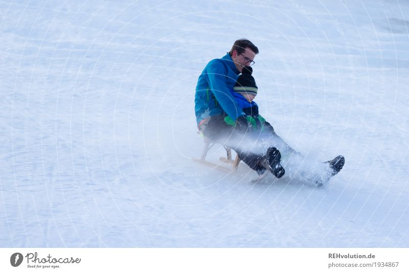 sledging fun Leisure and hobbies Sleigh Human being Masculine Child Toddler Boy (child) Young man Youth (Young adults) Man Adults Father 1 1 - 3 years