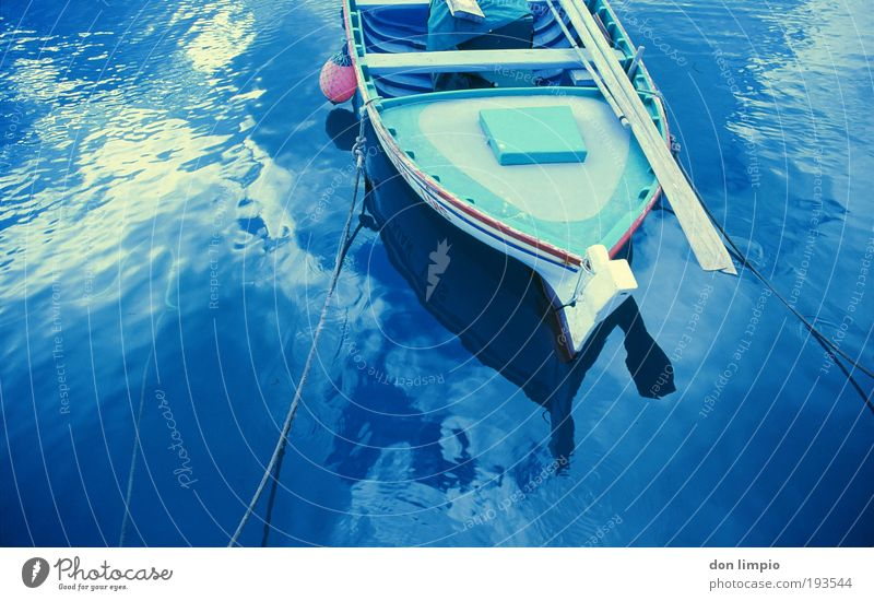 fishing boat Summer Ocean Waves Oar Workplace Harbour Water Beautiful weather Morro Jable Fishing boat Dinghy Linen Wet Blue Logistics Analog Colour photo