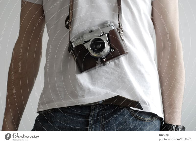gut feeling Tourism T-shirt Souvenir Discover To hold on Leisure and hobbies Communicate Nostalgia Photography Photographer Photo shoot camera Take a photo