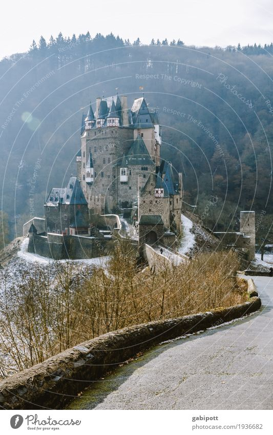 Castle Eltz Winter Snow Mountain Hiking Environment Nature Landscape Elements Weather Bad weather Ice Frost Hill Outskirts Ruin Building Facade
