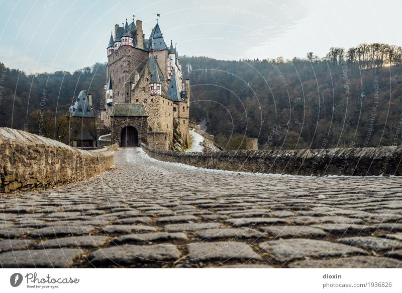what eltz?! [3] Vacation & Travel Tourism Trip Sightseeing Mountain Hiking Forest Hunsrück Castle Manmade structures Building Tourist Attraction Lanes & trails
