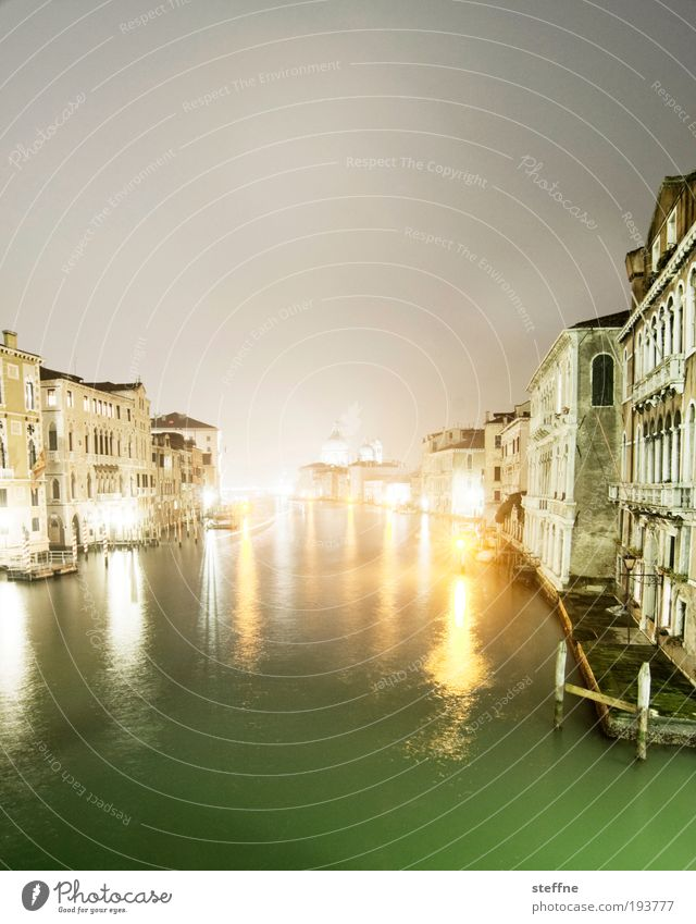 touristy Water Bay River Canal Grande Venice Italy Port City Downtown Old town Skyline Deserted House (Residential Structure) Church Dome Facade