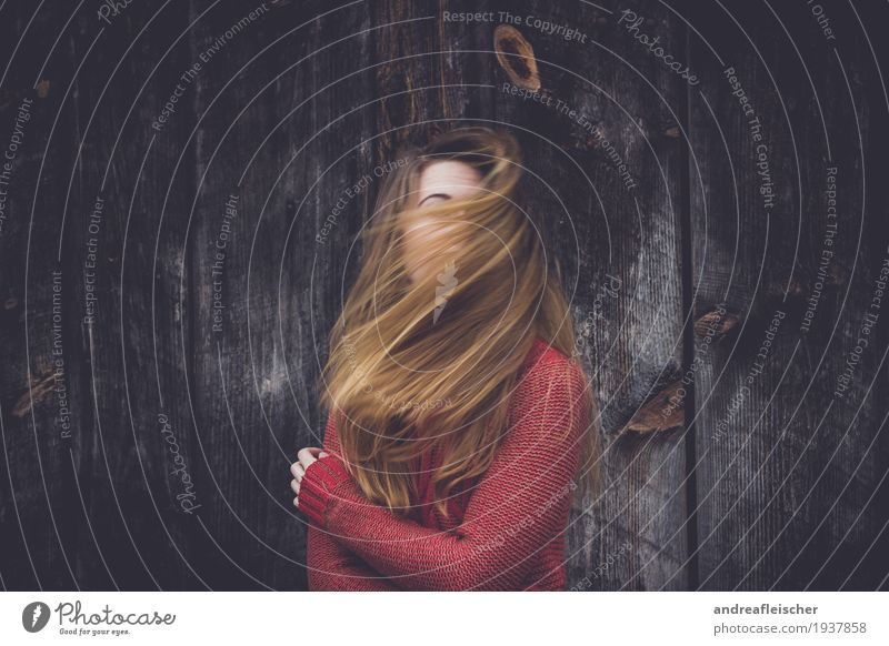 windswept Feminine Young woman Youth (Young adults) Life 1 Human being 18 - 30 years Adults Sweater Blonde Long-haired Movement Emotions Moody Authentic