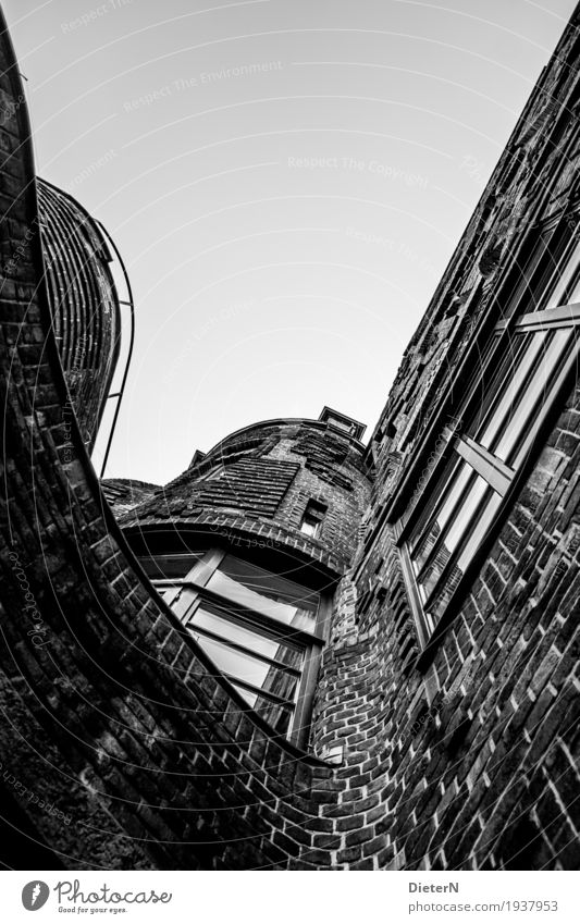 zestfully Bremen Downtown Old town Deserted House (Residential Structure) Manmade structures Building Architecture Wall (barrier) Wall (building) Facade Window