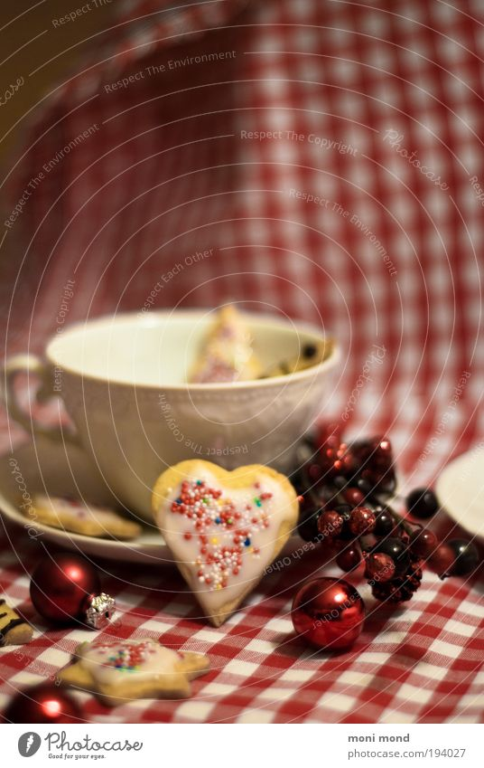 cup&cookies Candy Cookie Tea Cup Heart Star (Symbol) Kitsch Delicious Sweet Warmth Red White Anticipation Festive Christmas decoration To enjoy Glitzy