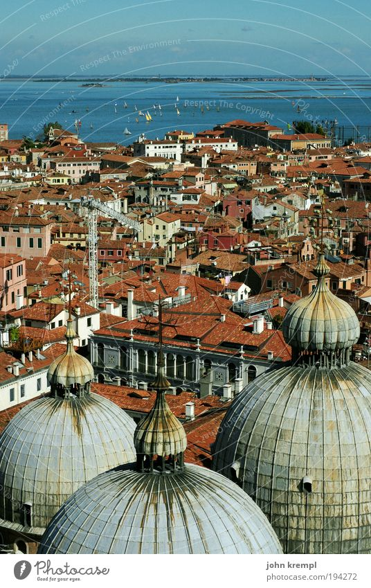 pigeon's eye view Sky Horizon Ocean Venice Italy Town Port City Old town Tourist Attraction Landmark Monument Basilica of San Marco Basilica San Marco