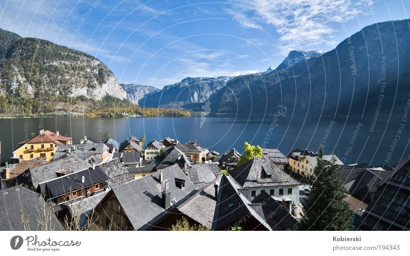 Hallstatt Tourism Sightseeing Lake Hallstaätter Lake Old town Architecture Tourist Attraction Contentment Beautiful Uniqueness Relaxation Inspiration