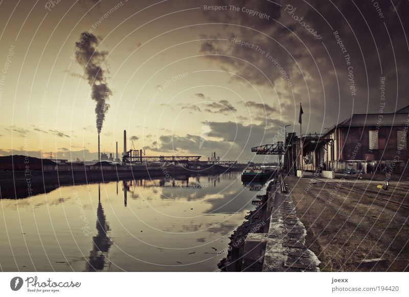 Water Old Sky City Calm Yellow Brown Dirty Industry Factory Climate Harbour Machinery Exhaust gas Chimney Crane
