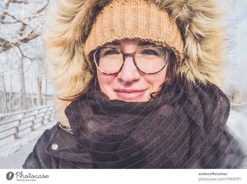 Winter wonderland Vacation & Travel Trip Freedom Snow Winter vacation Feminine Young woman Youth (Young adults) 1 Human being 18 - 30 years Adults Cap Freeze