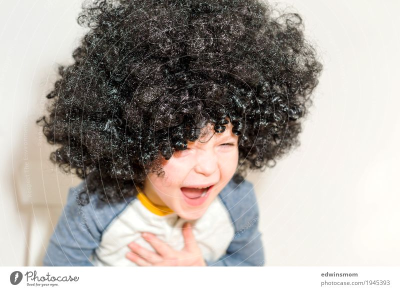 Laugh heartily Leisure and hobbies Playing Carnival Masculine Child Boy (child) Infancy 1 Human being 3 - 8 years Black-haired Curl Wig Laughter Sit Authentic