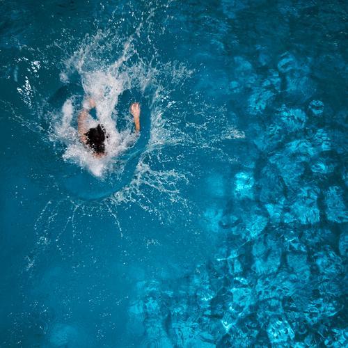splash Lifestyle Joy Healthy Leisure and hobbies Vacation & Travel Trip Sports Aquatics Sportsperson Swimming pool Human being Water Summer Jump Fresh Wet