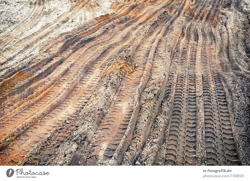 Your tracks in the sand Craftsperson Workplace Construction site Economy Road construction Structural engineering Civil engineering Tire tread Skid marks Street