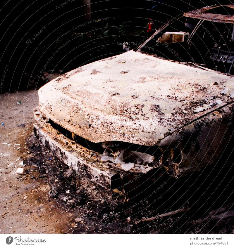 Old Dark Cold Car Metal Dirty Fire End Exceptional Watercraft Motoring Vehicle Accident Stagnating Means of transport Material