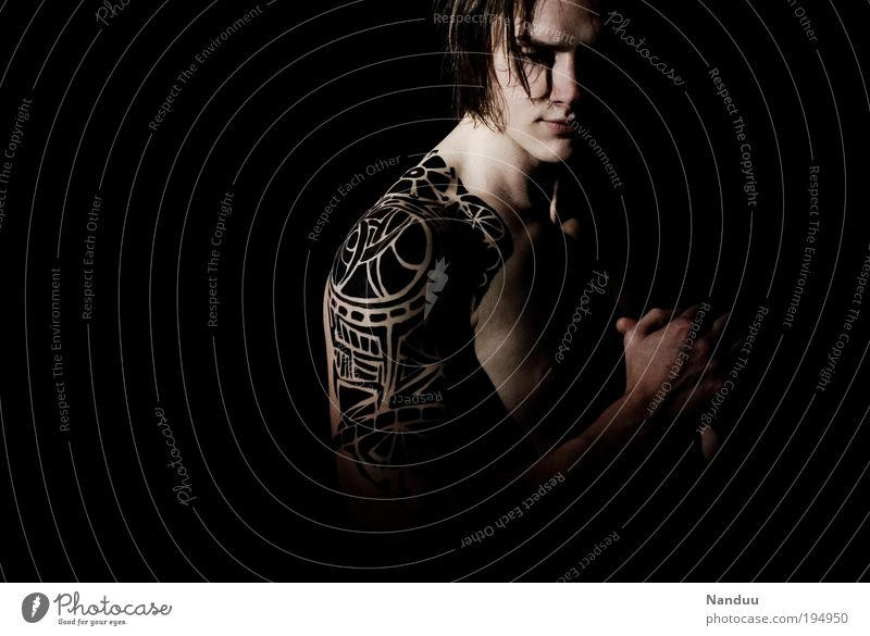 paint. Fitness Sports Training Human being Masculine Young man Youth (Young adults) 1 18 - 30 years Adults Dark Cliche Black Emotions Bravery Power Tattoo
