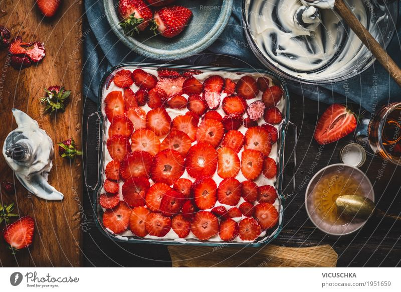 Strawberry Cake Preparation Food Fruit Dessert Candy Nutrition Banquet Crockery Style Design Life Living or residing Table Kitchen Yellow Food photograph