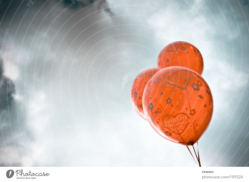 balloons Balloon Red Heart Valentine's Day Clouds Air Hover 3 Decoration Feasts & Celebrations Helium Colour photo Exterior shot Deserted Copy Space left