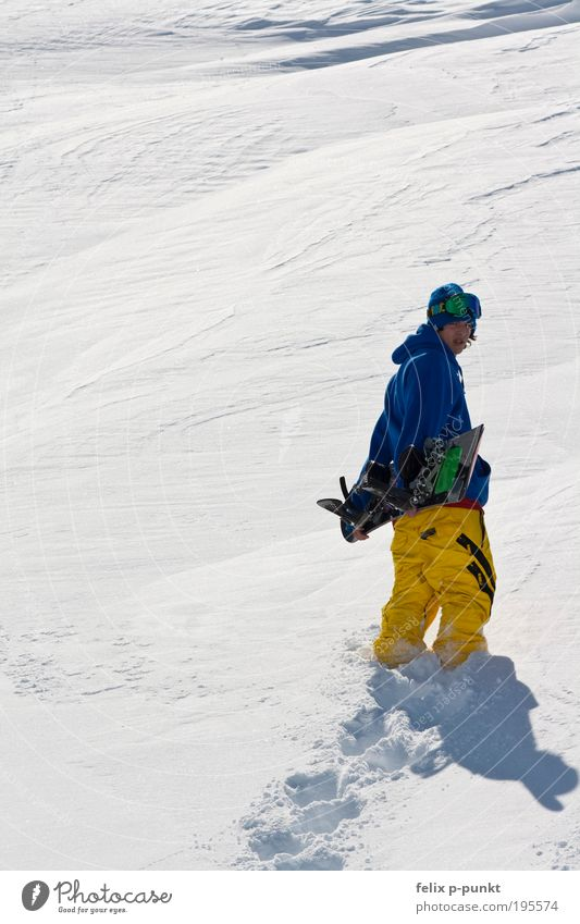 Human being Youth (Young adults) Blue Young man Joy Winter Mountain Environment Yellow Snow Style Sports Happy Lifestyle Fashion Masculine