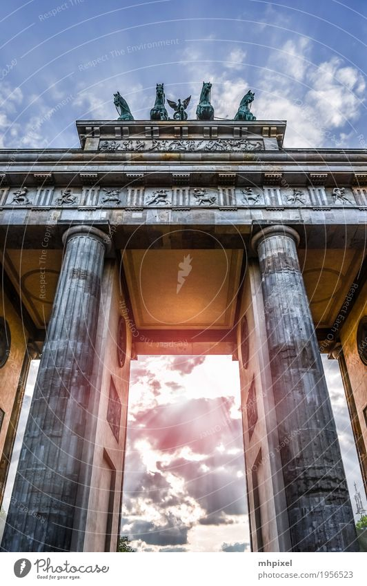 Brandenburg Gate Vacation & Travel Tourism City trip Work of art Architecture Berlin Germany Europe Capital city Downtown Manmade structures Building