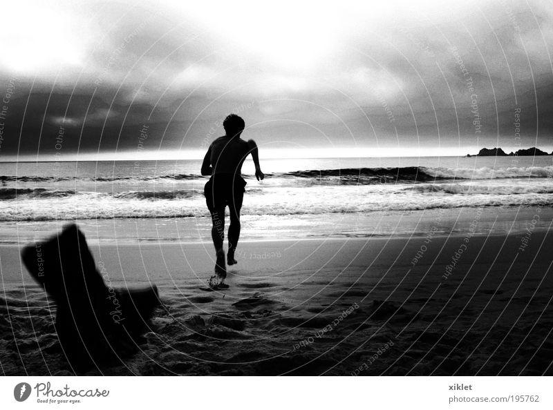 Mann läuft am Strand, Youth (Young adults) Water Sun Summer Beach Movement Sand Waves Coast Healthy Body Adults Running Speed Fresh