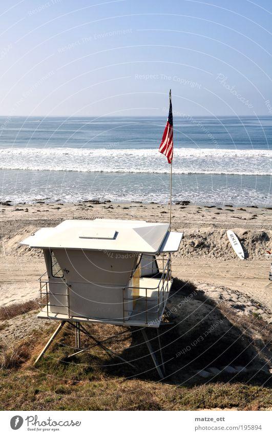 Rettungsturm Baywatch Bademeister USA Water Beautiful Vacation & Travel Ocean Summer Beach Warmth Coast Sand Horizon Waves Swimming & Bathing Free Tourism Flag