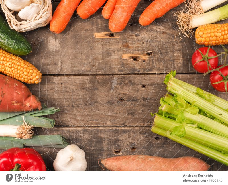 Vegetables on a wooden table Food Organic produce Summer Healthy Delicious onion pepper agriculture green red diet organic garlic vegetables cucumber celeriac