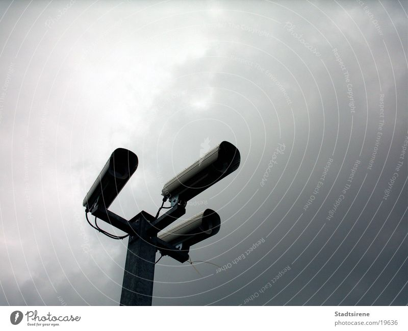 Sky Fear Technology Safety Camera Panic Surveillance Electrical equipment Police state Manhunt Chase Gray clouds