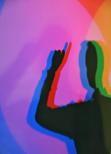 Des Maîtres Obligation to notify Masculine Man Adults Fingers 1 Human being Blue Multicoloured Yellow Green Violet Orange Pink Red Black Forefinger Indicate