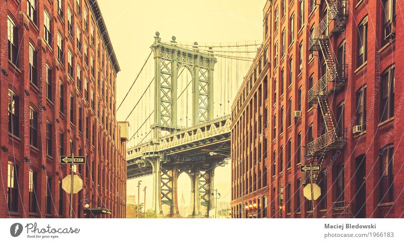 Retro stylized photo of Manhattan Bridge Vacation & Travel Sightseeing City trip New York City USA Small Town Downtown Building Architecture Wall (barrier)
