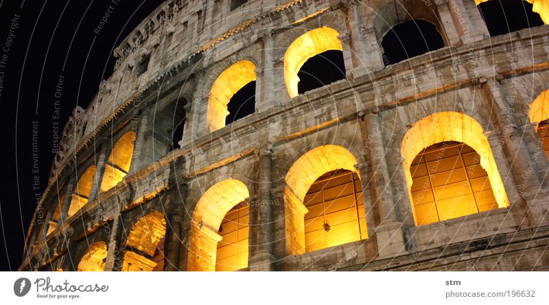 ... vedo la maestà the Colosseo ... Luxury Vacation & Travel Tourism Sightseeing City trip Summer Summer vacation Night life Event Work of art Culture Rome