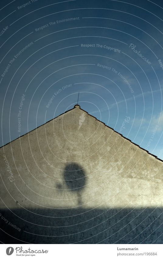Sky Loneliness House (Residential Structure) Wall (building) Wall (barrier) Flat (apartment) Future Threat Living or residing Roof Technology Media Contact Antenna Advancement Detached house