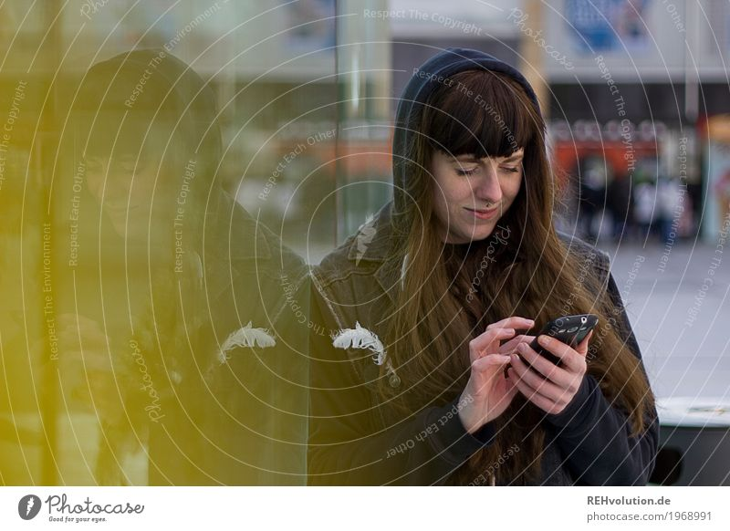 Carina | Young woman in the city with smartphone Lifestyle Style Cellphone PDA Human being Feminine Youth (Young adults) Face 1 18 - 30 years Adults